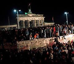 Берлин 11 ноября 1989. Фото AFP