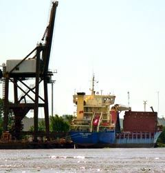 Судно Thor Leader в аргентинском порту Кампана