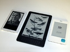 Фотогалерея Kindle DX, Kobo eReader и Nook Wi-Fi. Кликните, чтобы открыть галерею