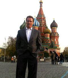 Арнольд Шварценеггер на Красной площади. Фото из микроблога губернатора