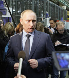 Владимир Путин на Воткинском заводе 21 марта. Фото с сайта premier.gov.ru