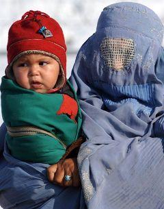 Жительница Кабула в бурке. Фото AFP