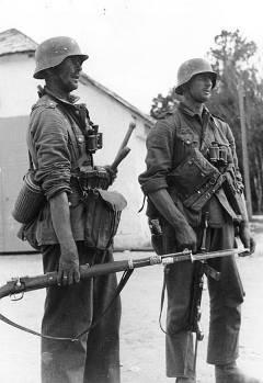 Немецкие пехотинцы. Восточный фронт. Фото Bundesarchiv