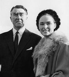 Князь Рой I Бейтс и княгиня Иоанна I Бейтс. Фото с официального сайта княжества