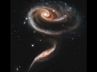 Скопление Arp 273. Фото NASA, ESA, Hubble Heritage Team (STScI/AURA)