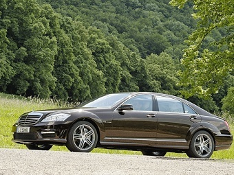 Mercedes S63 AMG. Фото с сайта cars.avtorinok.ru