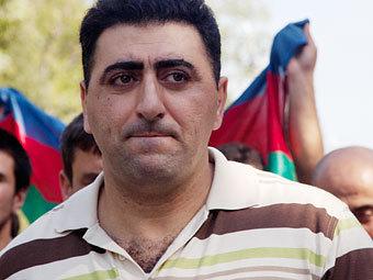 Рамиль Сафаров на Аллее Шахидов в Баку 31 августа 2012 года. Фото Азиза Каримова