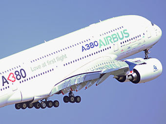 "Airbus A380. Фото ""Ленты.ру"""