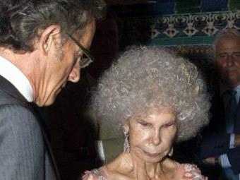 Альфонсо Диес и герцогиня Альба. Фото (c)AFP