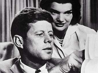 Джон и Жаклин Кеннеди. Архивное фото (c)AFP