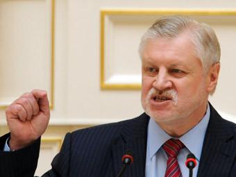 Сергей Миронов на заседании Законодательного собрания Санкт-Петербурга 18 мая. Фото ИТАР-ТАСС