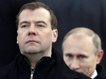 Дмитрий Медведев и Владимир Путин. Фото (c)AFP