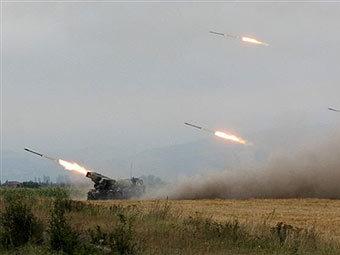 Огонь грузинской артиллерии по Цхинвали. Фото AFP