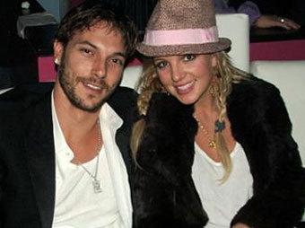 Кевин Федерлайн и Бритни Спирс, фото с сайта celebspin.com