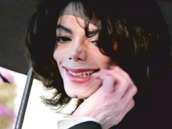 Майкл Джексон после оглашения вердикта, кадр CNN