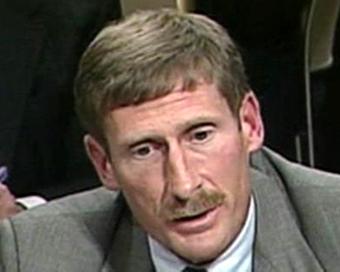 Руководитель Iraq Survey Group Чарльз Дьюэлфэр, кадр CNN
