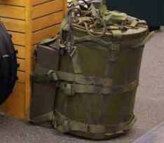 Ранец для переноски мини-бомбы Mk-54, фото с сайта Wikipedia