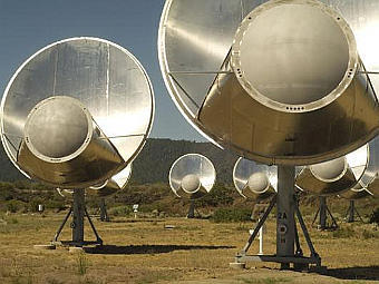 Система радиотелескопов Allen Telescope Array. Фото с сайта setiathome.berkeley.edu