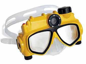 The Only Digital Camera Swim Mask. Фото с сайта hammacher.com