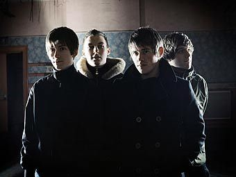 Arctic Monkeys. Фото с сайта группы