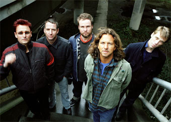 Pearl Jam, фото с сайта sonymusic.com