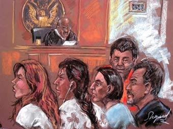 """""""Русские шпионы"""" на рисунке из зала суда, переданном (c)AFP"""