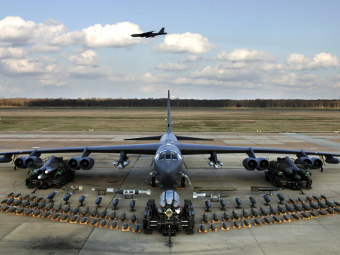 B-52 Stratofortress. Фото с сайта defenseindustrydaily.com