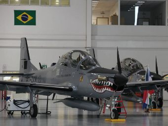 EMB-314 Super Tucano. Фото с сайта embraerdefensesystems.com