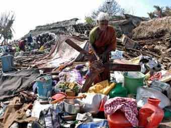 Последствия цунами в Индии. Фото Reuters