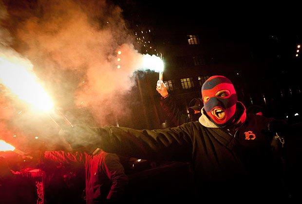 Акция солидарности с нижегородскими антифашистами на Садовом кольце в Москве, 1 марта 2012 года