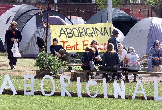 Палаточное посольство аборигенов в Сиднее, 2000 год