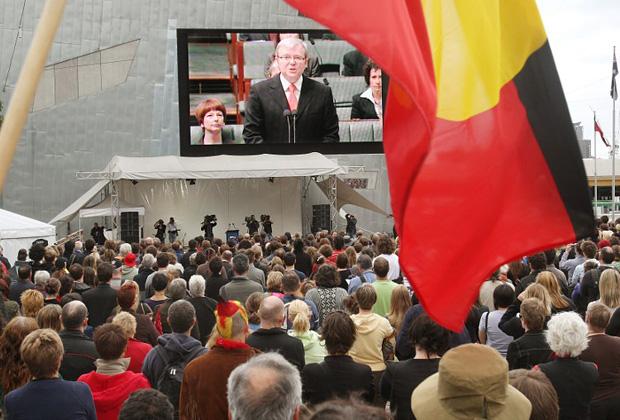 Обращение премьер-министра Австралии Кевина Радда к аборигенам с извинениями, 2008 год.