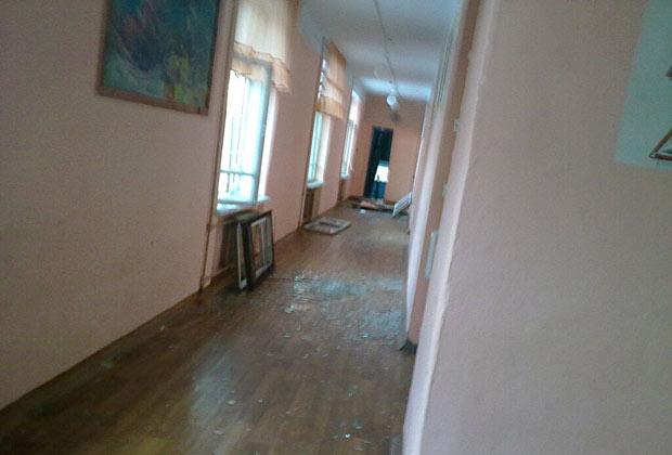 Последствия взрыва в одной из школ Челябинской области
