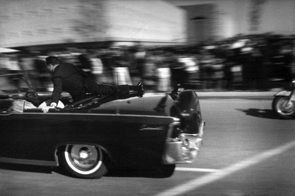 Автомобиль Джона Кеннеди в Далласе, 22 ноября 1963 года