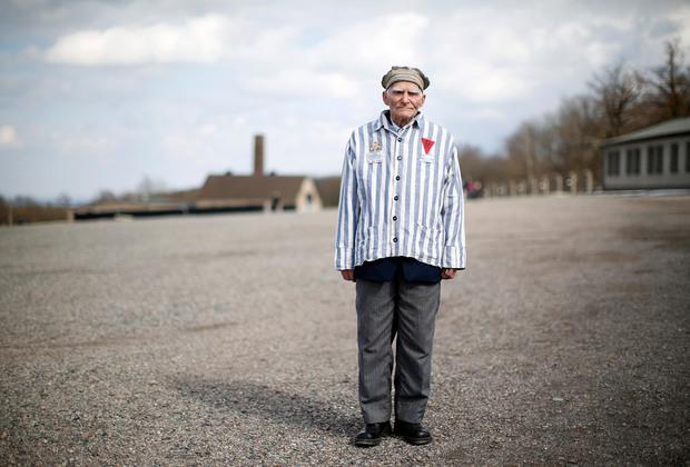 Украинец Виктор Карпус, 88 лет. В течение трех лет был заключенным нескольких концентрационных лагерей, в том числе Бухенвальда