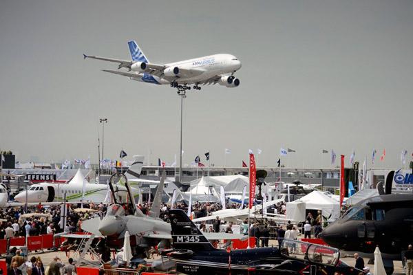 Прилет Airbus A380 в «Ле-Бурже»