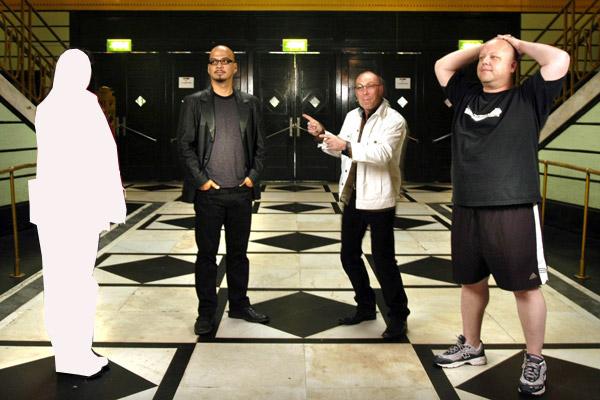 Группа Pixies: Ким Дил, Джоуи Сантьяго, Дэйв Ловеринг и Блэк Фрэнсис (слева направо), 2004