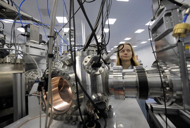 Сканирующий зондовый микроскоп платформы нанотехнологических комплексов «Нанофаб-100» в Российском научном центре «Курчатовский институт»