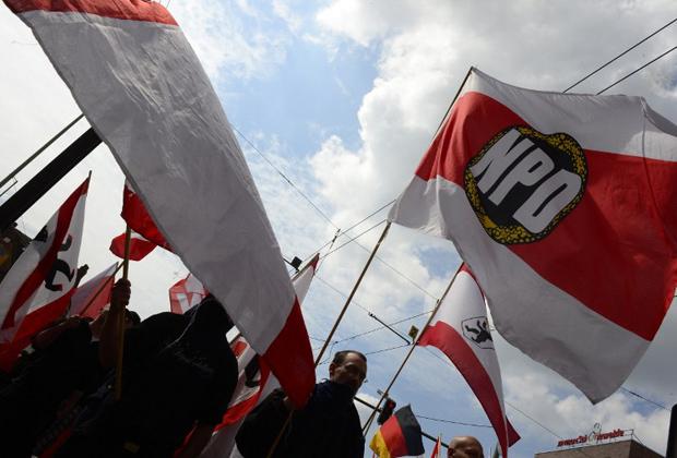 Первомайская демонстрация неонацистов в Берлине в 2013 году
