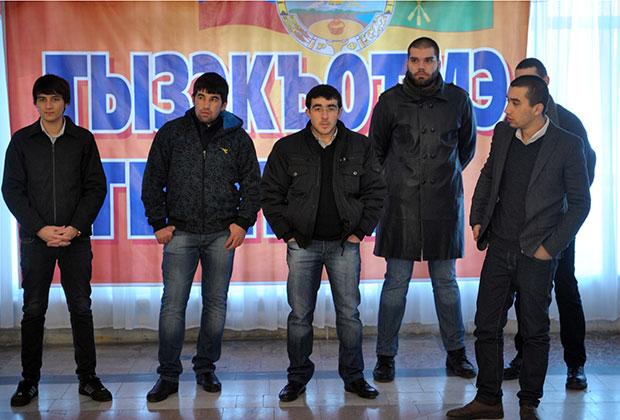 Участники съезда «Адыгэ Хасэ», посвященного проблемам черкесов Сирии