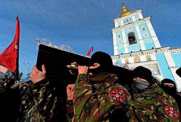 Похороны погибшего оппозиционера, гражданина Белоруссии Михаила Жизневского, Киев, 26 января