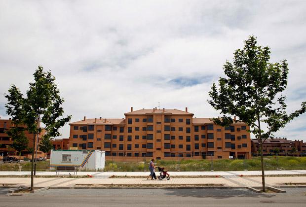 Пустующий квартал города Валделуза, Испания