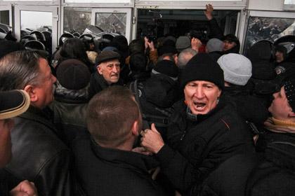 Штурм администрации в Донецке