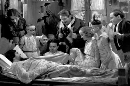 У Тода Браунинга снималась реальная бородатая женщина Джейн Барнелл, известная под псевдонимом Леди Ольга.