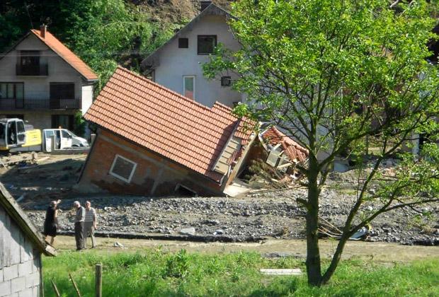 Последствия наводнения в селе Крупня