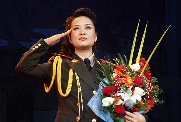 Пэн Лиюань,  2004 год
