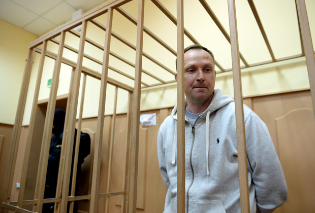 Денис Сугробов на заседании Басманного суда, 8 мая 2014 года