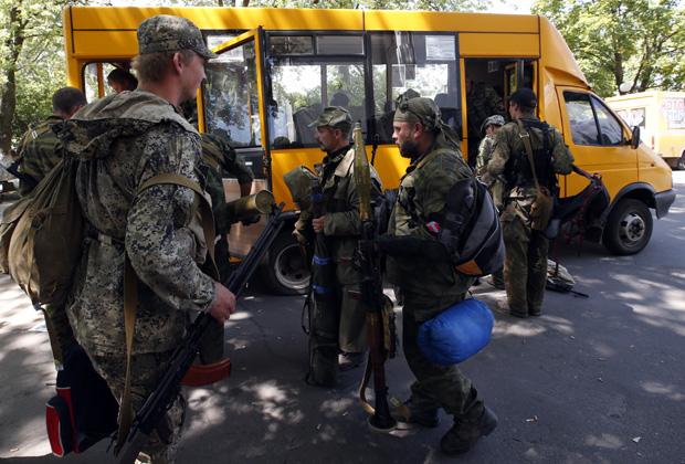 Ополченцы оставляют свои позиции в Славянске, 5 июля 2014 года