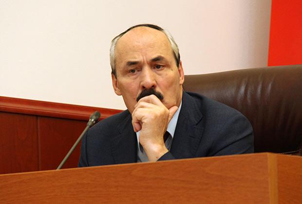 Рамазан Абдулатипов