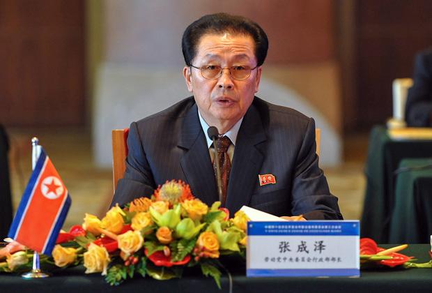 Чан Сон Тхэк якобы был скормлен заживо голодным псам